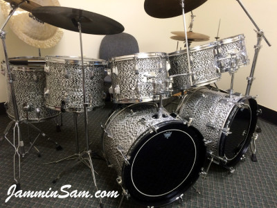 Photo of Ken Couch's Rogers drum set with Vintage Black Onyx Pearl drum wrap (2)