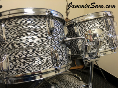 Photo of Ken Couch's Rogers drum set with Vintage Black Onyx Pearl drum wrap (3)