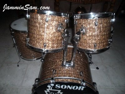 Photo of Doug Goethel's drums with Golden Boa Pearl drum wrap (1)
