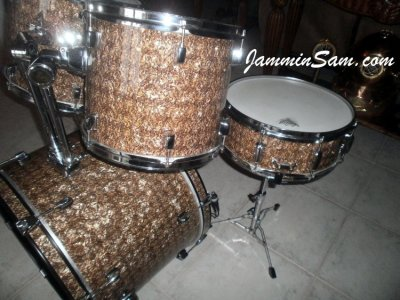 Photo of Doug Goethel's set of drums with Golden Boa Pearl drum wrap (2)