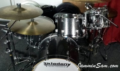 Photo of Brian Skladany's drums with JS Black and Silver drum wrap (1)