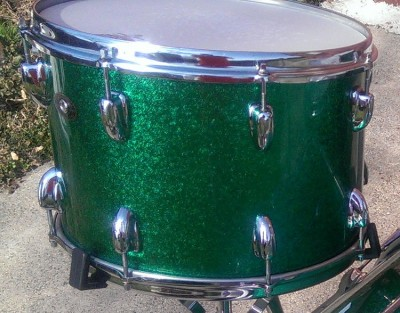 Photo of Matt Mozdziak's Slingerland drums with JS Sparkle Green drum wrap (52)