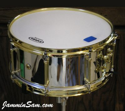 Photo of Matthew Andrew's snare drum with JS Mirror Chrome drum wrap (73)
