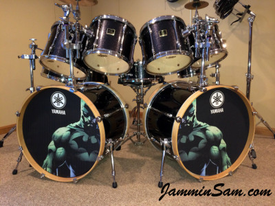 Photo of Doug Westrich's Yamaha drums with JS Sparkle Gold drum wrap (23)