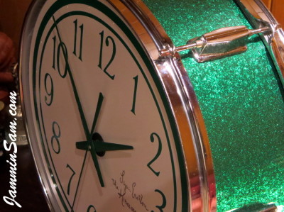 Photo of Lynn Easton's DrumClock with JS Sparkle Green drum wrap (4)