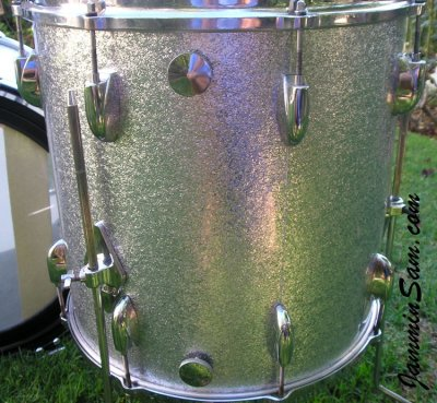 Photo of Gary Rock's tom drum with JS Sparkle Silver drum wrap (90)