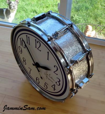 Photo of Lynn Easton's DrumClock with JS Sparkle Silver drum wrap (66)