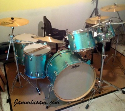 Photo of Martha Lentz's drumset with JS Turquoise Sparkle drum wrap (4)
