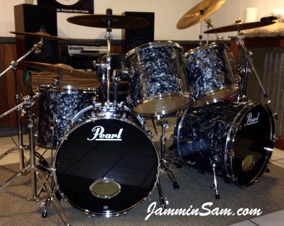 Photo of Blane Taylor's Pearl World series drums with 80's Black Diamond Pearl drum wrap (90)