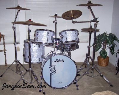 Photo of Scott Burkholder's Ludwig Classic drums with Vintage Marine Pearl drum wrap (2)